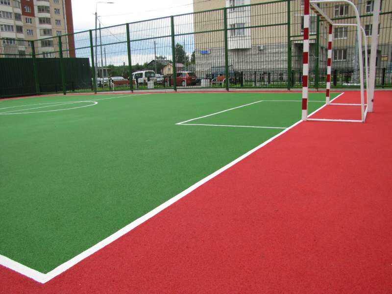 Бесшовное резиновое покрытие для спортивных площадок, беговых дорожек.